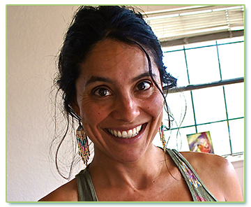 Dominique Pozo (Certified Doula)